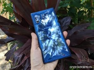 Recenzja etui Ringke Fusion-X dla Samsunga Galaxy Note 10+: przezroczysty kejs, któremu nie straszne są wyzwania