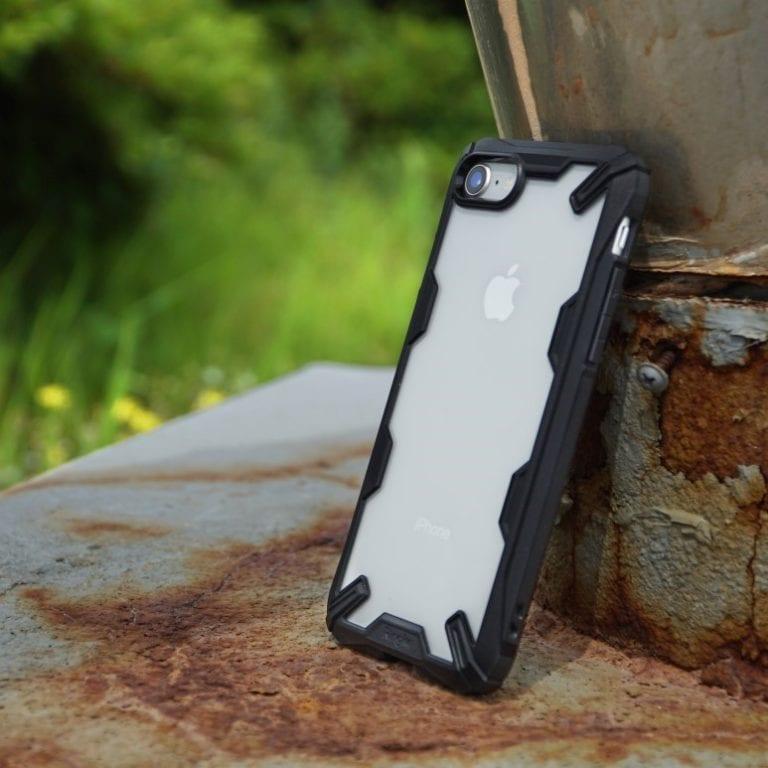 Perfekcyjna ochrona przed wstrząsami! Etui na iPhone 8 / iPhone 7 Ringke [Fusion X]
